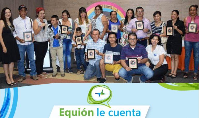 Foto: Posan los participantes dek programa Crio-Yo-Mi- Tierra