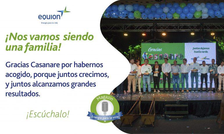 Imagen: Trabajadores de Equión en una tarima dando las gracias a la comunidad.